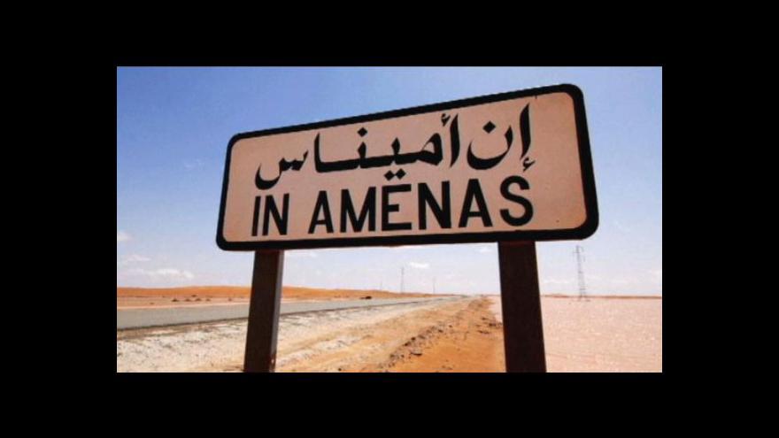 Video Radikálové stále zadržují v Alžírsku na tři desítky cizinců