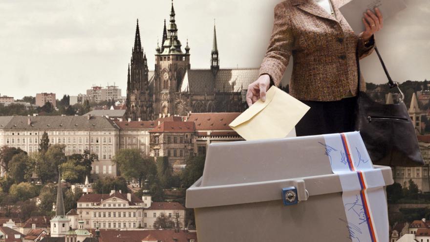 Video 90' ČT24 - Kdo se hlásí do boje o Pražský hrad