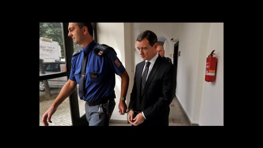 Video Reportáž Jiřího Hynka o kauze Davida Ratha