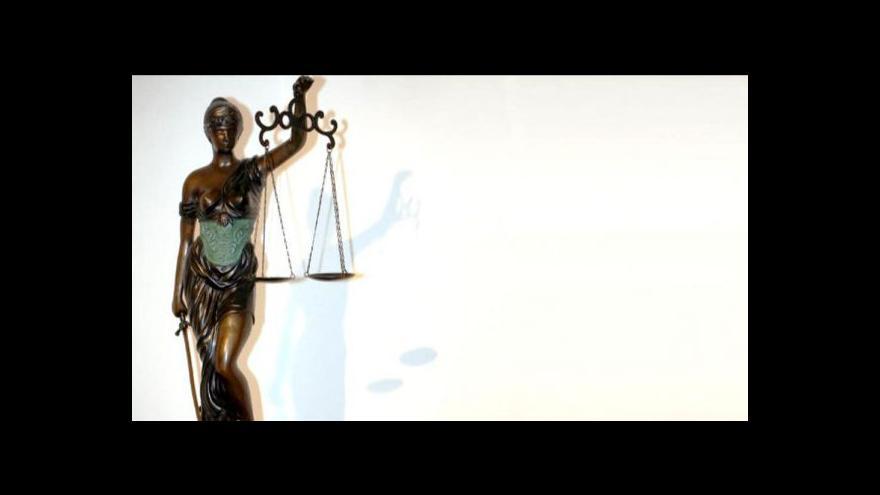 Video Mluvčí advokátní komory Iva Chaloupková ve Studiu ČT24