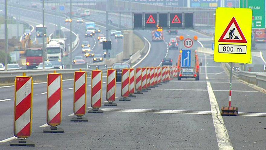 Video Události ČT: Po D1 kolem města projíždí nejvíc kamionů z celého Česka