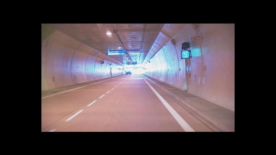 Video NO COMMENT: Projeďte se s námi Královopolským tunelem
