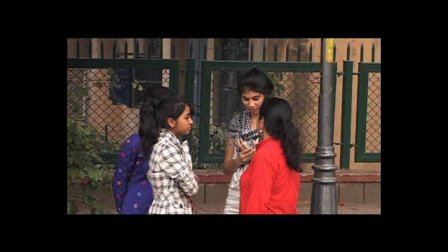 Video Násilí na indických ženách tématem Událostí, komentářů
