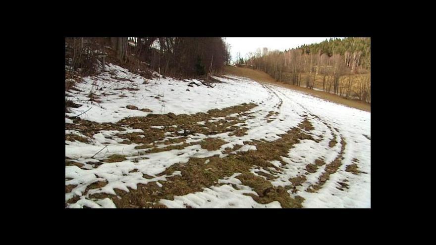 Video Vstup Pavla Karase a reportáž Moniky Bezuchové a Zdeňka Mlnaříka