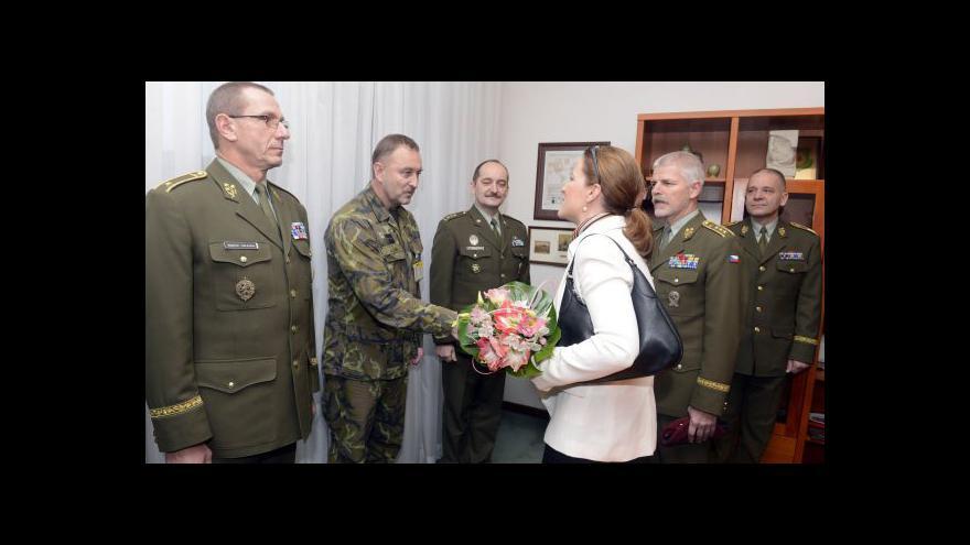 Video Prezident odvolal Peake z ministerstva obrany