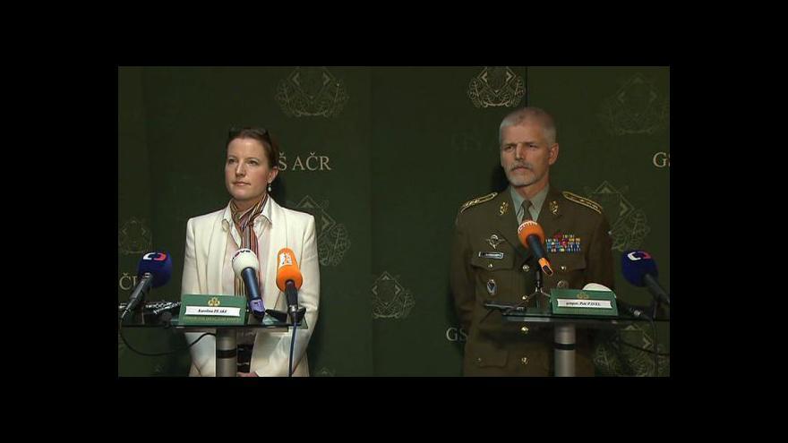 Video Brífink ministryně obrany po jednání s generálním štábem