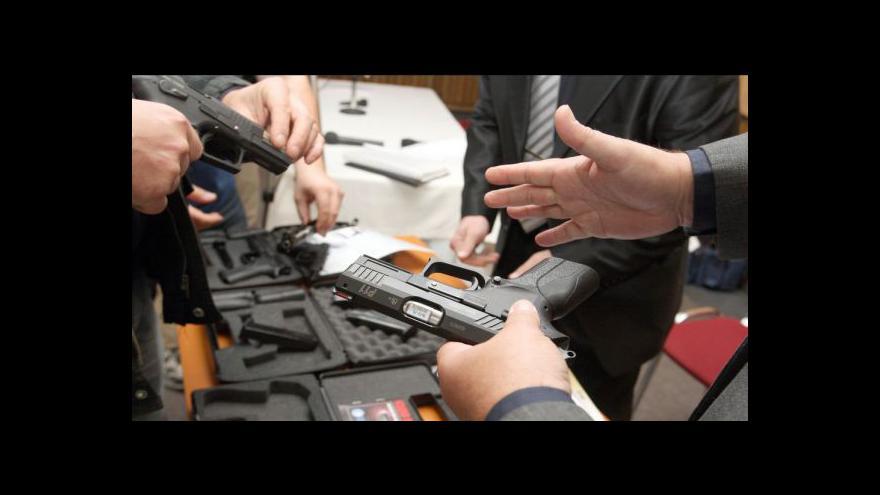 Video Reportáž Milady McGrathové k vlastnictví zbraní v USA