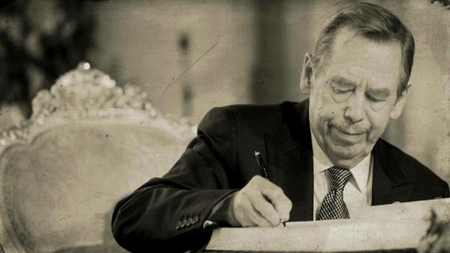 Video Václav Havel: Z Hrádečku na Hrad