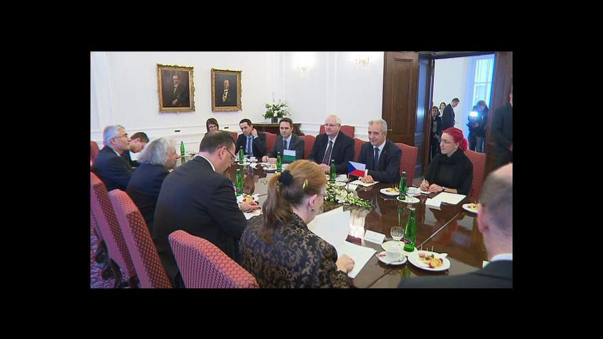 Video Nečas přijal saského premiéra, Schwarzenberg dostal vyznamenání