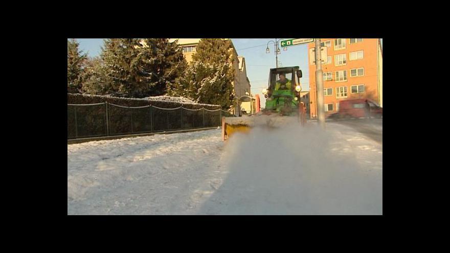 Video Města se připravují na zimu – úklidem i pojištěním
