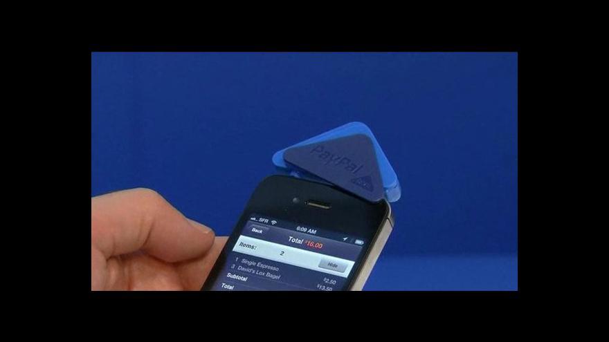 Video Nokia představila v Paříži nový model Lumia