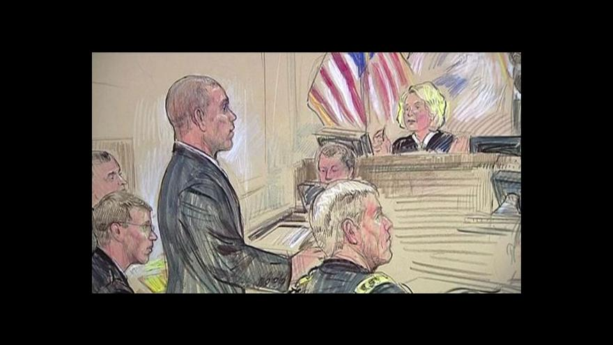 Video Manning poprvé vypovídal před soudem