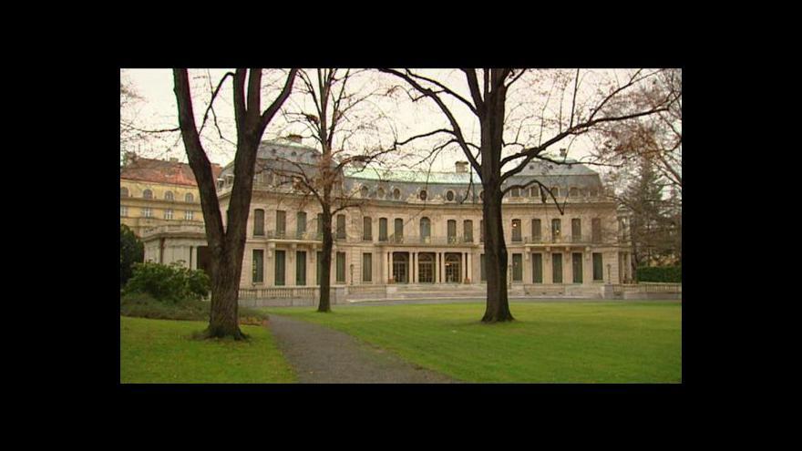 Video Rozhovor s autorem výstavy Martinem Ebelem