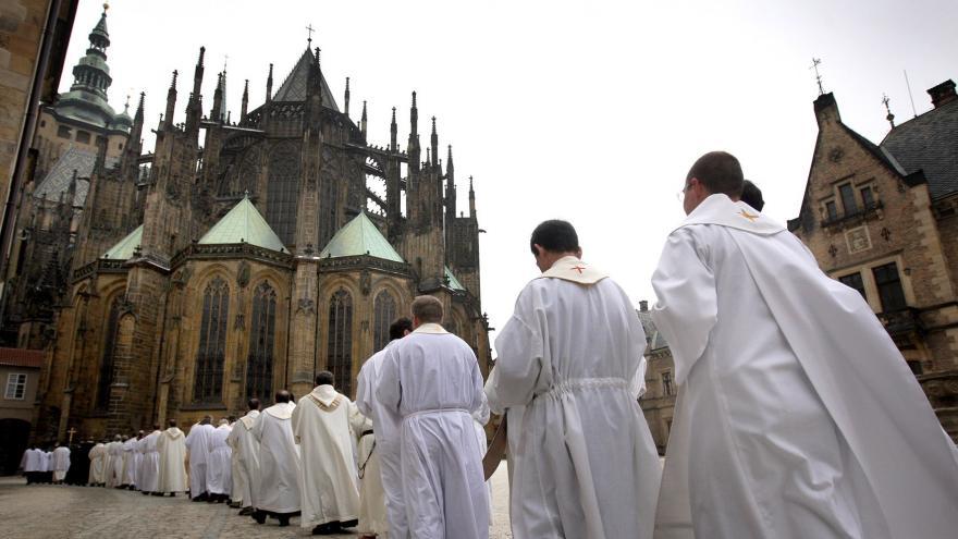 Video Události ČT: Církve se připravují na provoz bez dotací od státu