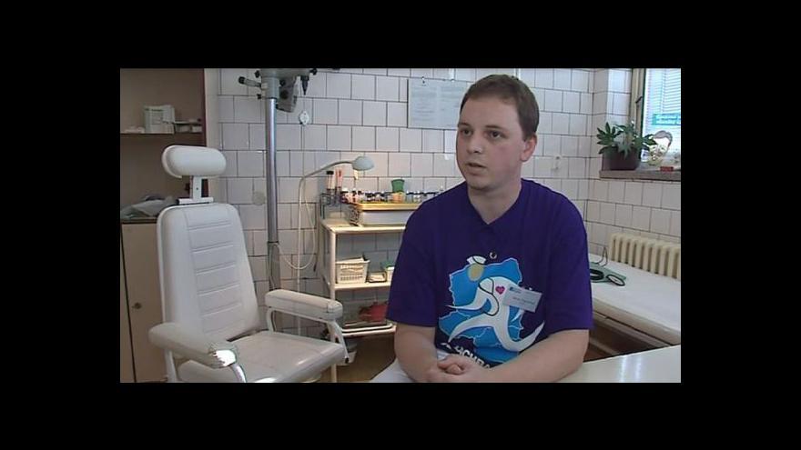 Video Lékař Eugen Kan mluví o problémech zdravotnictví