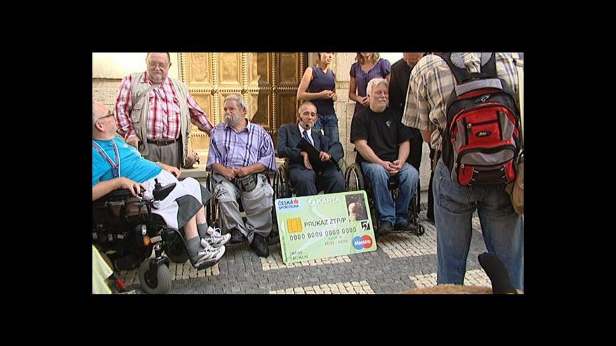 Video Müllerová: Lidem bez sKarty bude pozastavena výplata dávek