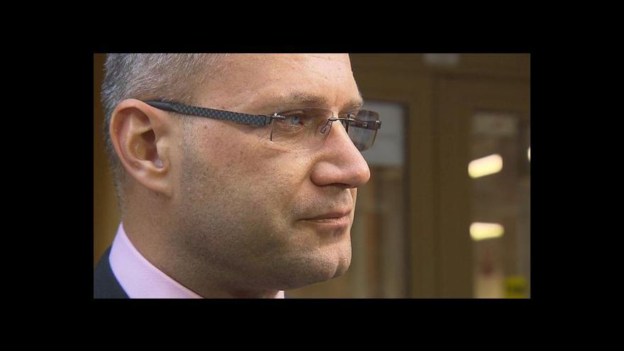 Video Spory premiéra a strany LIDEM nabývají na intenzitě
