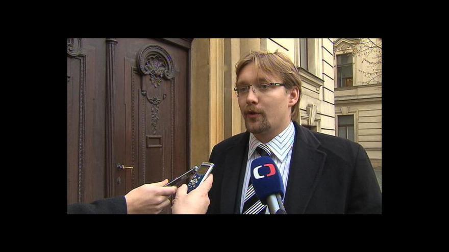 Video Komentář Petra Honzejka (HN)