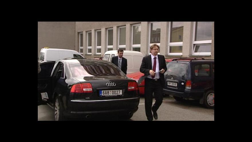 Video Předsednictvo LIDEM vyzvalo Dobeše k rezignaci na post ministra dopravy