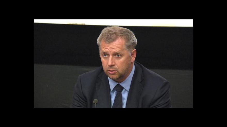 Video Rozhovor s Petrem Bendlem a komentář Petra Koláře