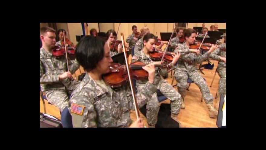 Video Harold Van Heuvelen napsal symfonii o válce