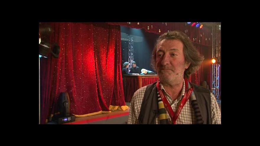 Video Rozhovor s Bolkem Polívkou k 50. dílu Manéže