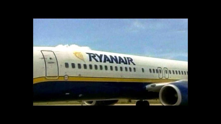 Video Ryanair vydělává na krizi