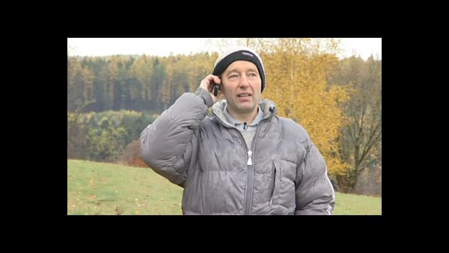 Video Obyvatel Daniel Toul o problémech se slabým mobilním signálem