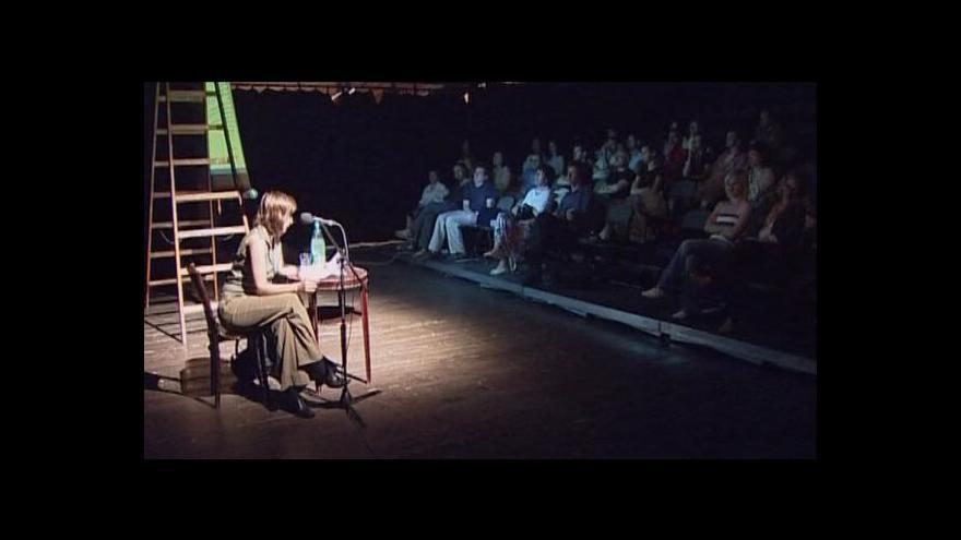 Video Den poezie tématem Událostí, komentářů