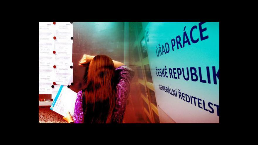 Video Nezaměstnaných v ČR přibylo
