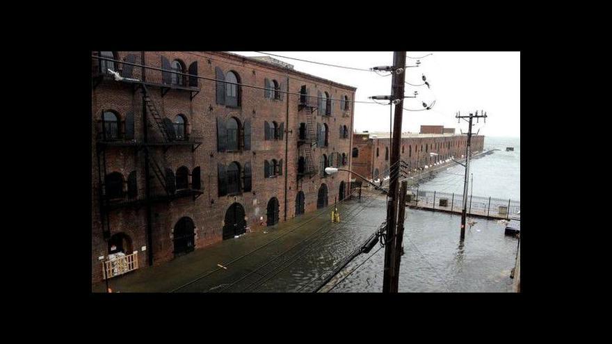 Video Události - Hurikán Sandy míří do USA