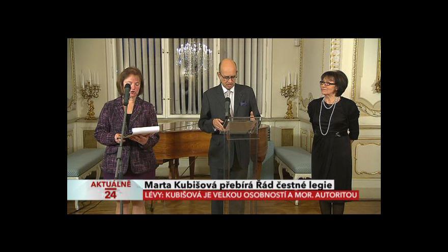 Video Předávání Řádu čestné legie Martě Kubišové