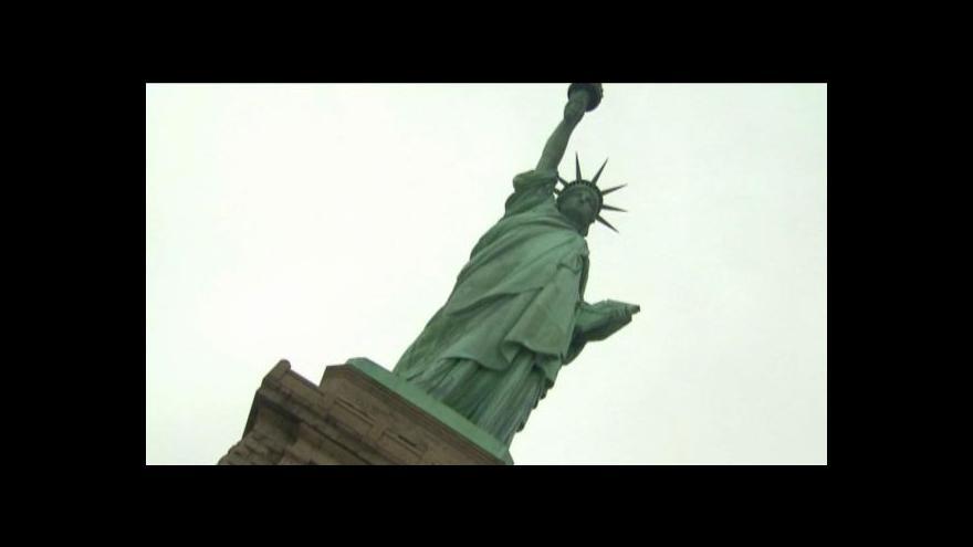 Video Na sochu Svobody se po roce vrátí návštěvníci