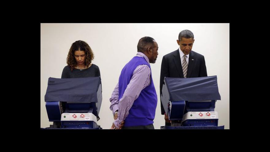 Video Obama už odevzdal svůj hlas