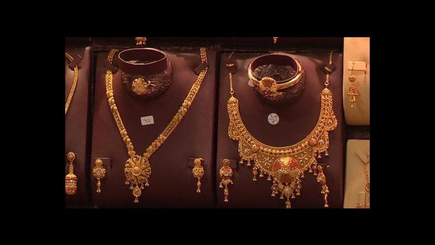 Video Poutníci nakupují zlato
