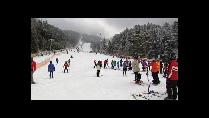 Video Skiareály zahajují sezonu