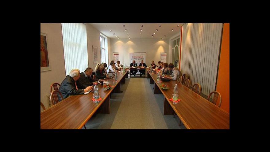 Video ČSSD a komunisté se dohodli v dalších krajích