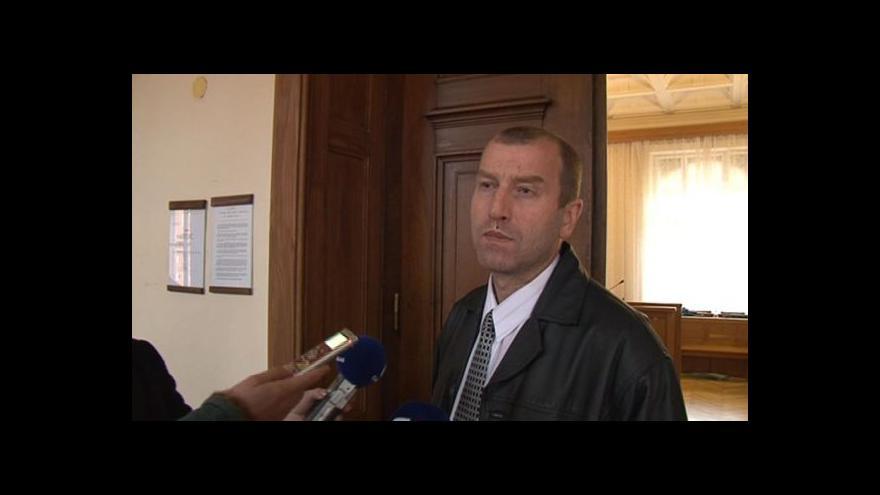 Video Reakce Eduarda Slaniny na otázky novinářů