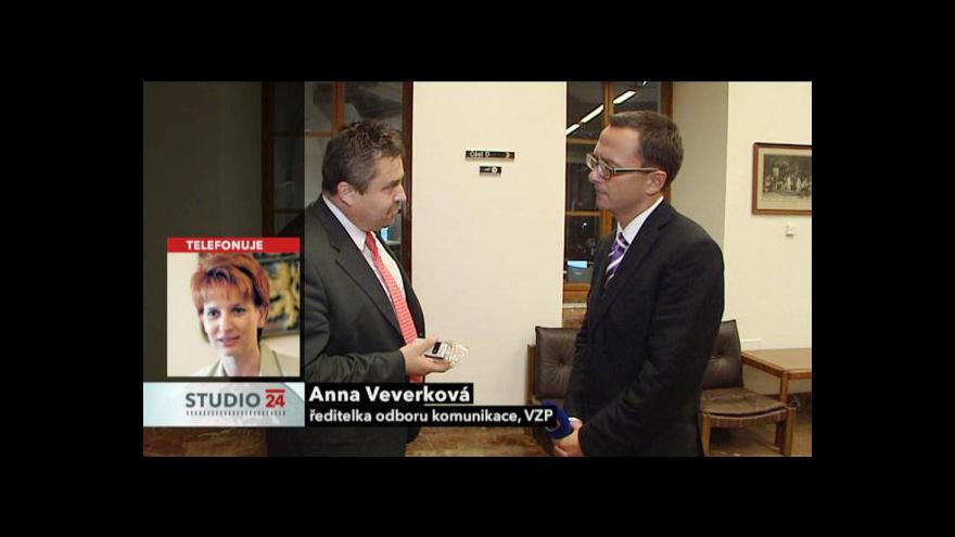 Video Studio ČT24 o situaci ve VZP