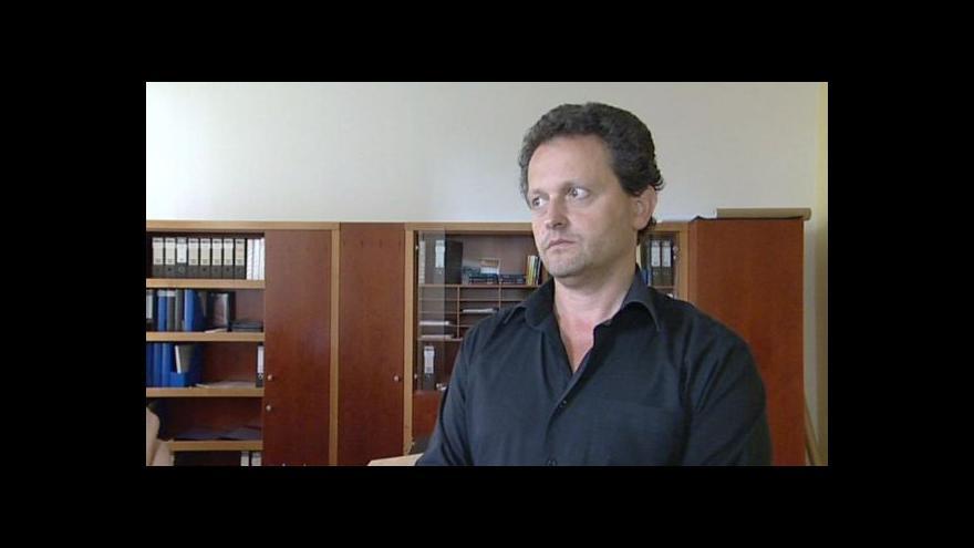 Video O důvodech žaloby hovoří kvestor VUT Kotek