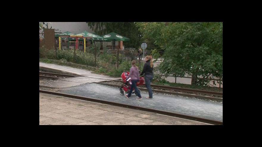 Video Šárka Randáková o přecházení kolejí