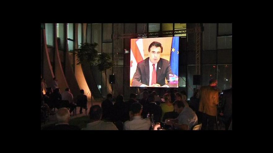 Video Předběžné výsledky hrají do karet gruzínské opozici