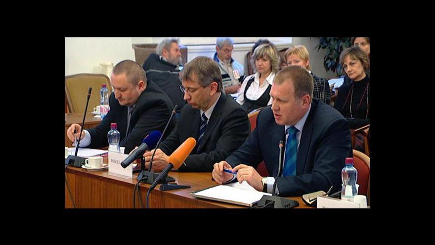 Video Policie zatkla Drábkova náměstka Vladimíra Šišku