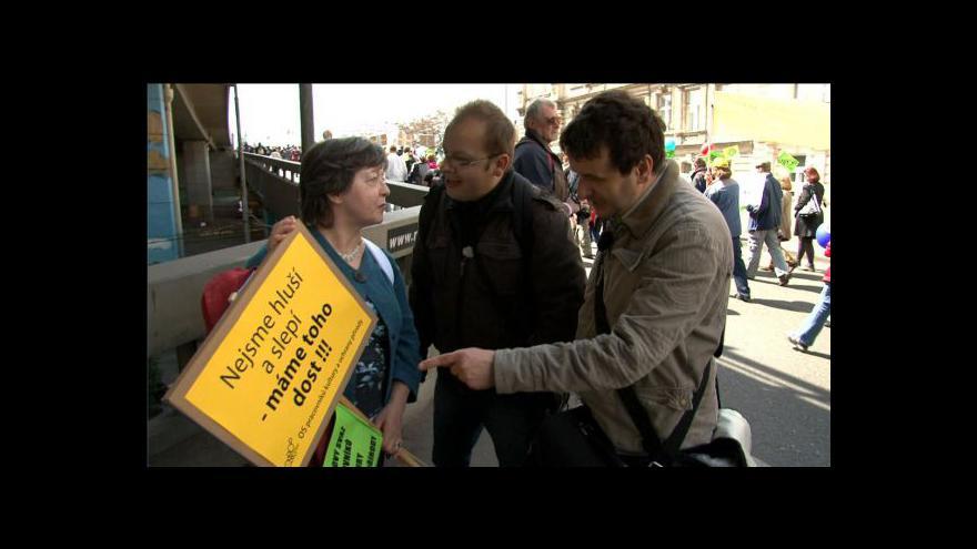 Video Ukázka z dokumentu Klovací pořádek