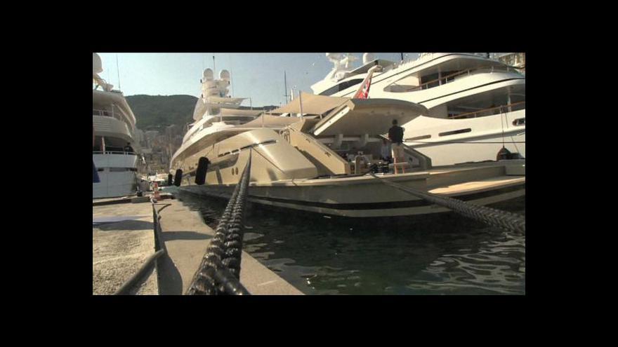 Video Milovníci luxusních lodí se sjeli do Monaka