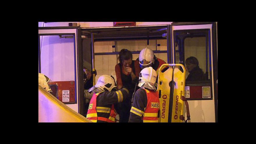 Video Záchranáři cvičili zákrok při vážné nehodě