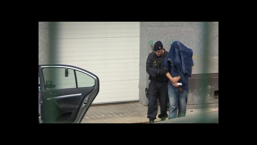 Video Páteční zadržené vzala dnes zlínská policie do vazby