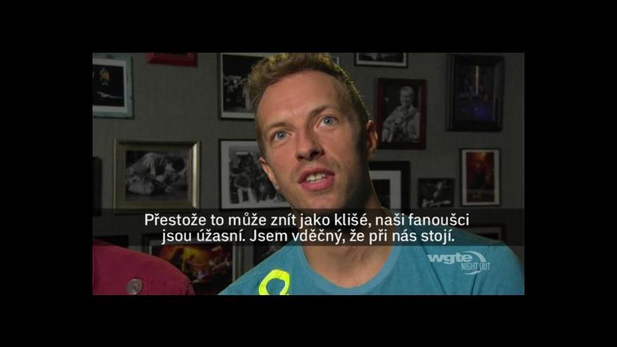 Video Coldplay hrají v Praze
