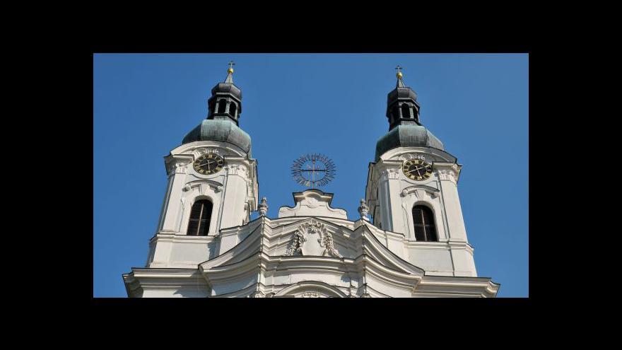 Video Církevní restituce míří do finále