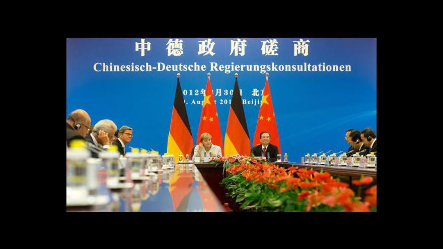 Video Merkelová na návštěvě Číny
